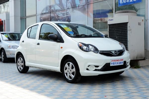 比亚迪F0有现车供应 平价销售3.79万起