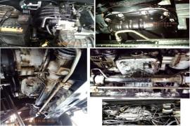 力帆新车发动机在三包期内漏机油并疑似维修车