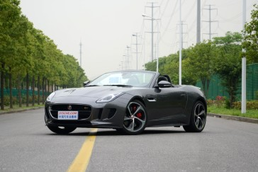 百公里加速3.5秒,为数不多的V8绝唱,这款新车能锤爆保时捷吗?