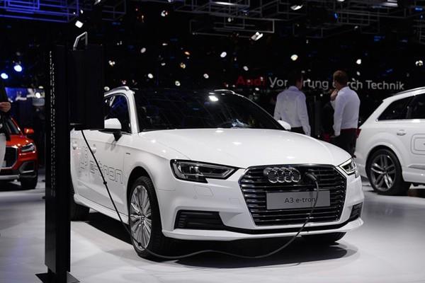 2016巴黎车展:中期改款奥迪A3正式发布