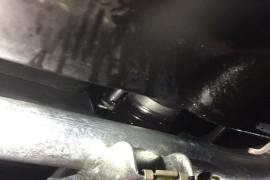提车第一天变速箱漏油