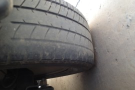 悬挂系统问题引起轮胎磨损报废