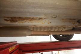 车底架钢梁烂了